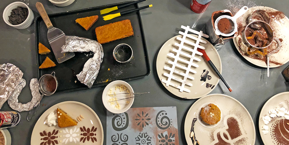 learn-how-to-plate-plating-scene-chocolate-powder-duster-plating-brushes-stencils-tweezers foil-cake-spatula-cooking-class