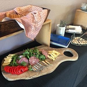 antipasti-appetizers-cheese-board-bread-basket-salami-italian-cooking-class