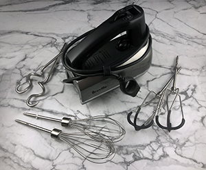 must-have-small-kitchen-appliance-product-hand-mixer
